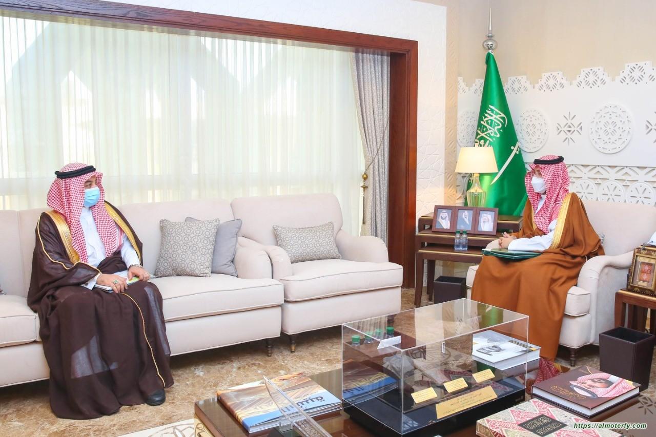 نائب أمير الشرقية يستقبل رئيس الاتحاد السعودي لكرة اليد