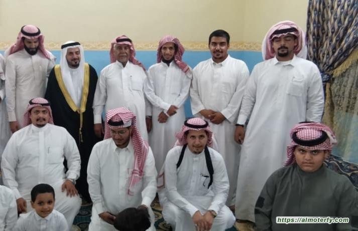 الشيخ سعدي بن سعد الزهراني يتلقى التهاني بمناسبة عقد قران وزواج كريمته