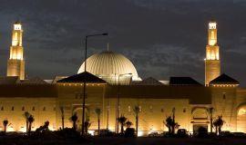 ٩٠ ألف مسجد تفتح أبوابها فجر الأحد القادم بعد غلقها أواخر شهر رجب وفق اجراءات وتعليمات اقرتها الإسلامية
