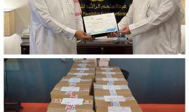 """""""الراشد الإنسانية"""" تتبرع بأكثر من 200 جهاز لوحي لطلاب الأحساء والدرعية"""