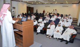 مركز النخيل والتمور بالاحساء يستضيف هيئة الصحفيين السعوديين فرع الاحساء