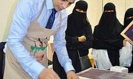 ختام ونتائج مميزة في ورشة (السلك سكرين) بثقافة وفنون الأحساء